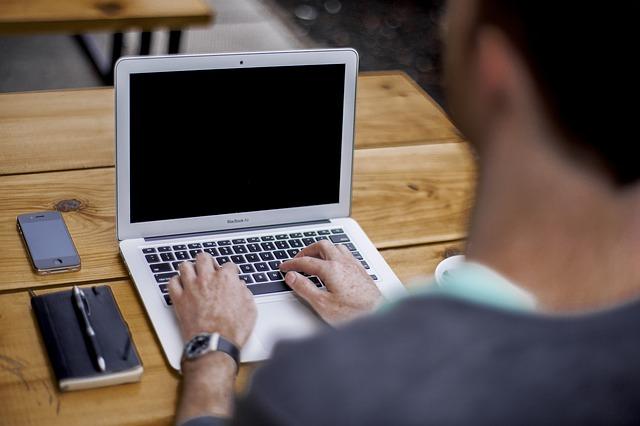 Praca w zrównoważonym systemie czasu pracy